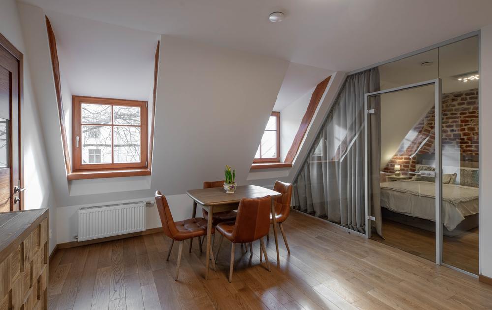 Maison contemporaine : les critères pour bien choisir le châssis idéal